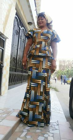 Ankara skirt and blouse style for wedding:Check out 55 stunning and creative ankara skirt and blouse you should Try out(Updated) African Attire, African Wear, African Women, African Dress, Latest African Fashion Dresses, African Print Fashion, Africa Fashion, Mature Women Fashion, Ankara Skirt And Blouse