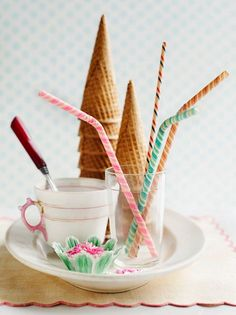 Having a post wedding brunch? Look here for some great DIY touches to add the perfect amount of personality to your post wedding activities! Sushi, Sweet Paul, Ice Cream Social, Brunch Wedding, Ice Cream Party, Paper Straws, Post Wedding, Party Accessories, Cute Food