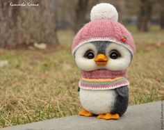 Kanisheva Xenia Arts and crafts fair. Penguins, felt, gift for any occasion Baby Animals Super Cute, Cute Stuffed Animals, Cute Little Animals, Cute Funny Animals, Needle Felted Animals, Felt Animals, Animals And Pets, Baby Animals Pictures, Cute Animal Pictures