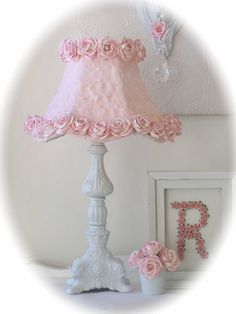 Exquisite Rose Shabby Table Lamp with Pink Rose Shade-This would be so cute in a little girls room. Shabby Chic Lamps, Shabby Chic Style, Shabby Chic Furniture, Silk Rose Petals, Pink Petals, Silk Flowers, Fabric Flowers, Pink Lamp Shade, Lamp Shades