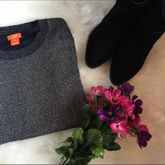 MAKE AN OFFERSPARKLY GRAY SWEATER Super cute! It is in perfect condition.  Feel free to make an offer!  NO TRADES Joe Fresh Sweaters Crew & Scoop Necks
