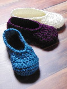 Crochet - Quick & Easy Patterns - Accessory Patterns - Adult Everyday Slippers