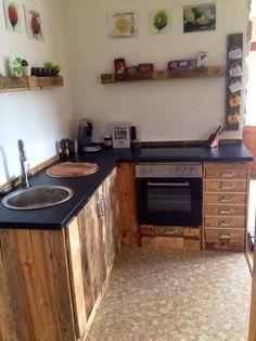 selfmade diy kitchen paletten k che einrichten kitchen diy holz diy ideen pinterest. Black Bedroom Furniture Sets. Home Design Ideas