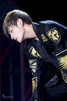 taehyung jawline - Busca do Twitter