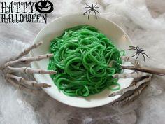 Halloween - Green Spaghetti http://www.diverdediviola.it/diverdediviola/spaghetti-stregati/