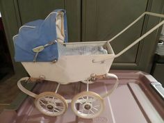 It is bright white inside and out. It is 11 long and 10 tall with the hood up. Doll Furniture, Baby Strollers, France, Dolls, Blue, Ebay, Baby Prams, Baby Dolls, Puppet