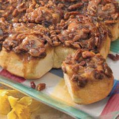 Caramel-Pecan Sticky Buns -Add flour based on feel -Knead instead of mixer -Double the brown sugar and cream portions Pecan Sticky Buns, Pecan Rolls, Good Food, Yummy Food, Caramel Pecan, How Sweet Eats, Sweet Bread, Breakfast Recipes, Brunch