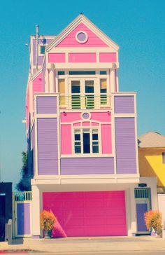 of Ruth Handler creator of Barbie in Santa Monica, L.House of Ruth Handler creator of Barbie in Santa Monica, L. Dreamhouse Barbie, Do It Yourself Design, Tout Rose, Bizarre, Barbie Dream House, Barbie Life, Pink Houses, Colorful Houses, Colourful Buildings
