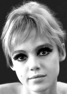 "Edith Minturn 'Edie' Sedgwick (April 20, 1943 – November 16, 1971) was an American heiress, socialite, actress, and fashion model. She is best known for being one of Andy Warhol's superstars. Sedgwick became known as 'The Girl of the Year' in 1965 after starring in several of Warhol's short films in the 1960s. She was dubbed an 'It Girl', while Vogue magazine also named her a 'Youthquaker'."" Dress by Rudi Gernreich. Eddie Edi Edy Sedgewick Sedwick #EdieSedgwick #AndyWarhol"