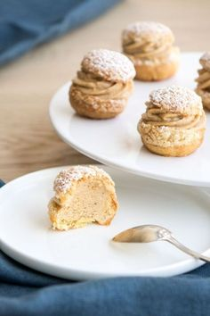 Petites choux à la praline - Ideas (i will organize this once school is over) - Patisserie Eclairs, Gourmet Recipes, Dessert Recipes, Tasty Pastry, Choux Pastry, Number Cakes, French Pastries, Christmas Desserts, Food Print