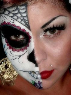 Halloween makeup ideas, Life meets Death , Adult Costumes- I thought about my Eri Bear when I saw this. She loves Halloween and is always super cute! Holidays Halloween, Halloween Make Up, Halloween Crafts, Halloween Costumes, Adult Costumes, Halloween 2014, Halloween Party, Halloween Series, Scary Costumes