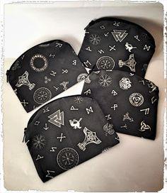 Sieg Hilde: Porte-monnaie viking  celtic, celtique, coton, couture, diy, eclair, faitmain, fermeture, handcraft, marteau, mjolnir, motif, pagan, porte-monnaie, rune, surjeteuse, thor, tissu, viking, wicca, sieg, sieghilde, lexcellence comme but, france, strasbourg, asatru, futhark