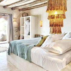 Paulina Arcklin (@paulinaarcklin) • Instagram photos and videos Style Deco, Master Bedroom, House Design, Inspiration Design, Decoration Inspiration, Interior Design, Différents Styles, Furniture, Ocean Views