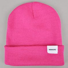 Wemoto North beanie, fuschia | Beyond