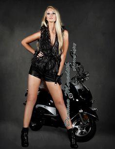 Model: Caitlyn Kent Hair & Makeup: Liz Everett @CrownStyleGlam Photographer: Deanna Meredith Photography