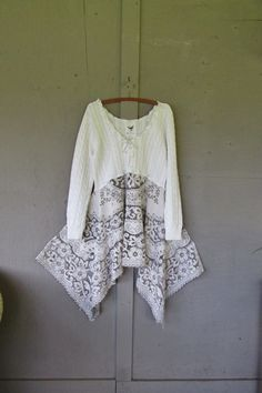 X Large 1 X upcycled Lace Lagenlook tunic / by lillienoradrygoods