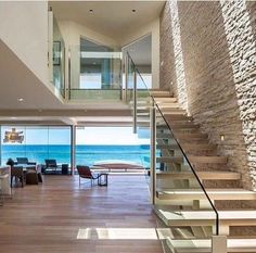 Nadire Atas on Bella Casa Design Weekend house built over the waves and sand of Malibu Beach by by Mark Dziewulski Architect Villa Luxury, Dream Home Design, House Design, Malibu Beach House, Dream Beach Houses, Ocean House, Weekend House, House Goals, Beach House Decor
