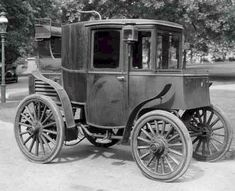 1899 Riker Landau This Vehicle Is The Same As The 1898 Columbia.  Riker Ordered His Bodies In 1898 From Judkins