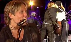 2016 has been pretty brutal for celebrity deaths. But Keith Urban sent the year off in style with a touching tribute to music's fallen greats. The country star was joined on stage by his dancing wife