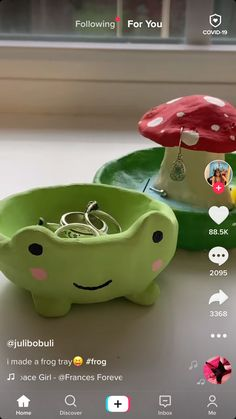 Clay Art Projects, Clay Crafts, Diy Clay, Crafts To Do, Arts And Crafts, Indie Room Decor, Keramik Design, Cute Frogs, Cute Clay