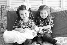 sibling family photo