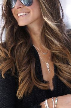 I soooo want this necklace set! Stunning! Reversible Arrow Delicate Necklace | Stella & Dot