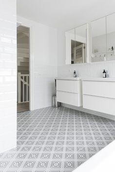 Bathroom calvet gris 20x20 cm vives azulejos y gres bathroom ba o pinterest - Metro tegels ...
