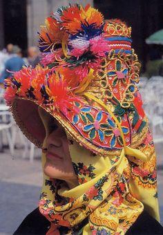 Bizarre headwear from Spain    FolkCostume