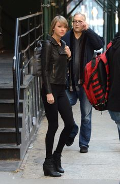 Taylor Swift Street Style – Out @styleestate penthouse for the weekend in NYC, December 2014