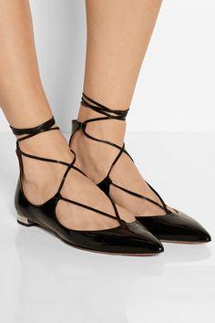 Aquazzura Christy flache Schuhe aus Lackleder mit spitzer Kappe NET-A-PORTER.COM