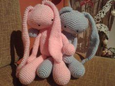 parejita de conejitos orejones en rosa bebé y azul bebé