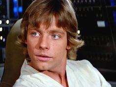 Mark Hamill as Luke skywalker in Star Wars 1977