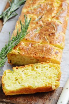 Pastel de calabacín, parmesano y romero | Cocina Good Healthy Recipes, Healthy Desserts, Real Food Recipes, Veggie Recipes, Cooking Recipes, Quiches, Tapas, Vegetarian Recepies, Good Food