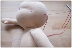 Tutorial on how to embroider doll faces - by Pflanzenfärberin