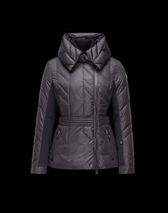 Discover MARINET for Women: find out the product features and shop directly from the Moncler official Online Store.