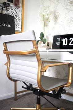 Money Can Buy Lipstick Office | White and Gold Office | Blogger Office | Gold Foil Wallpaper | Bright White Office | Feminine Office | Black and White Office