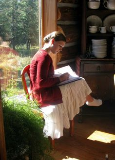 Life at Providence Lodge: The Beauty of the Lord Cottage In The Woods, Woman Reading, Spring Summer, Jolie Photo, Slow Living, Poses, Dream Life, Shabby Chic, Lord