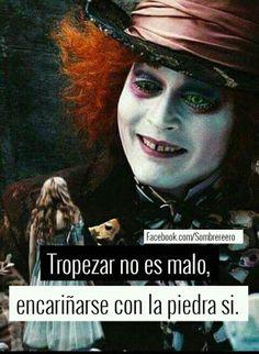 Triste Disney, Chesire Cat, Motivational Phrases, Sad Love, Spanish Quotes, Johnny Depp, Sentences, Me Quotes, Magic Quotes