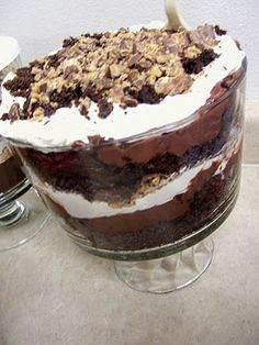 Beautiful Heavenly Chocolate Trifle Recipe (and it's so stinkin' easy!)