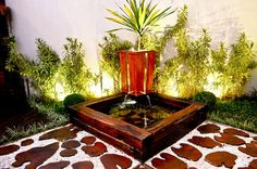 Selecionamos 45 jardins projetados pelos arquitetos, decoradores, paisagistas e designers do CasaPRO. Tem canto verde na varanda, ao redor da piscina, na entrada da casa…