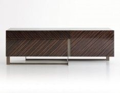 Modern italian Sideboard Designs for your decoration| Every house need a storage piece. This sideboard is one of the best ideas for your home decoration| www.bocadolobo.com #bocadolobo #luxuryfurniture #interiordesign #designideas #homedesignideas #homefurnitureideas #furnitureideas #furniture #homefurniture #livingroom #diningroom #sideboards #luxurysideboards #modernsideboards #modernsideboardideas