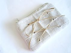 Beige Zipper Pouch - Upcycled Purse - Coin Pouch - Change Purse - Vegan Lined Purse - Sustainable Fashion - Travel Pouches - Makeup Bag Gift Real Leather, Suede Leather, Travel Pouches, Makeup Pouch, Change Purse, Fabric Samples, Beige Color, My Bags, Zipper Pouch