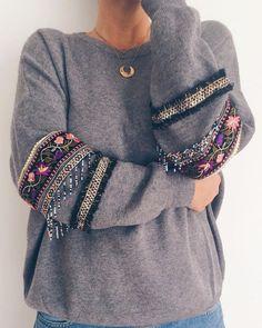 54 Handmade With Yarn To Keep Now fashion tipography Hijab Fashion, Diy Fashion, Ideias Fashion, Winter Fashion, Fashion Outfits, Womens Fashion, Fashion Trends, Fashion Sewing, Boho Outfits