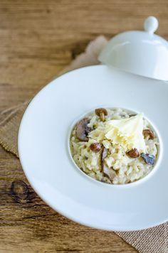 Risotto à la tête de moine et huile de truffe - Italian risotto with tête de moine cheese and truffle oil