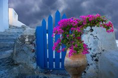 Blue gate, Oia, Santorini, Greece © Jim Zuckerman