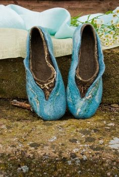 Felted wool slippers Women home shoes TURQUOISE (68.00 USD) by BureBureSlippers