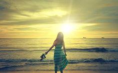 Girl Enjoying The Beach Sunrise wallpaper Videos Instagram, Photo Instagram, Summer Pictures, Beach Pictures, Tumblr Best Friends, Sunrise Wallpaper, Photo Summer, Photos Bff, Summer Vibe