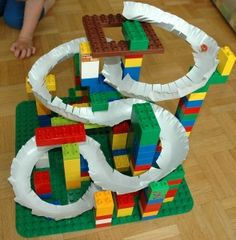 Paper plate marble track (french)