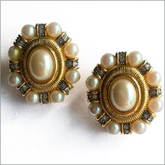 80's vintage pearl clip on earrings