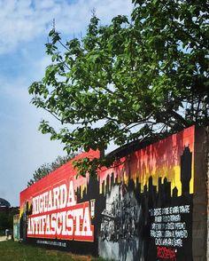 #milan #milano #milanodavedere #milanocity #whywelovemilano #history #republic #antifascist #antifascista #antifascismo #free #freedom #niguarda #tree #wall by apo72